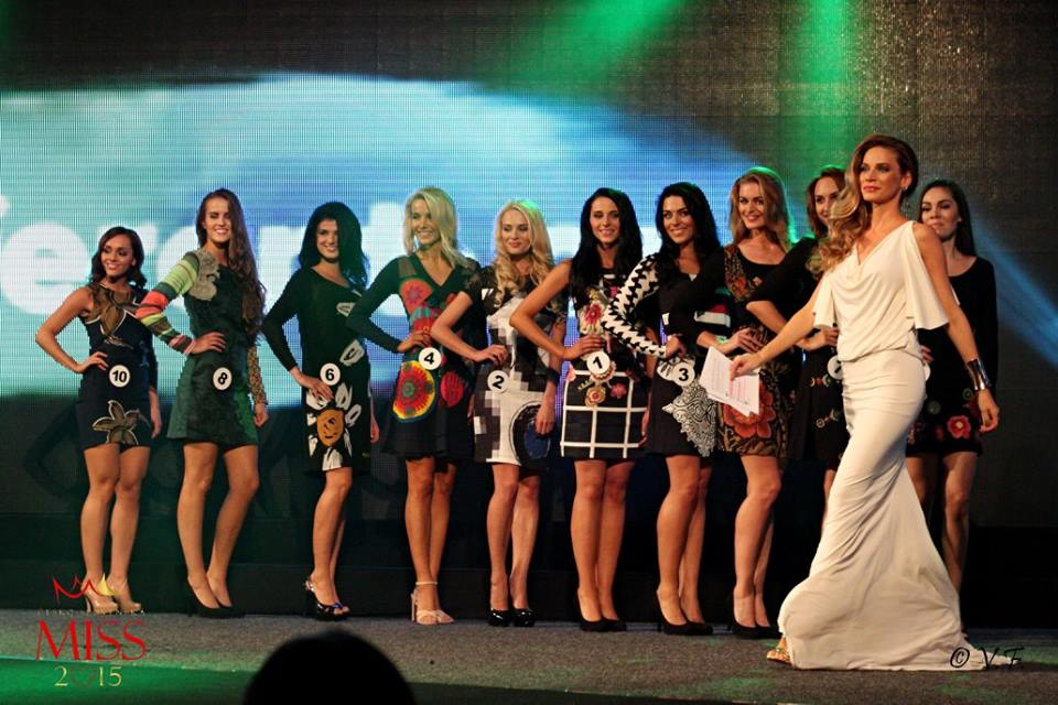 Different show. Zdroj: Oficiálne facebook CS Miss 2015