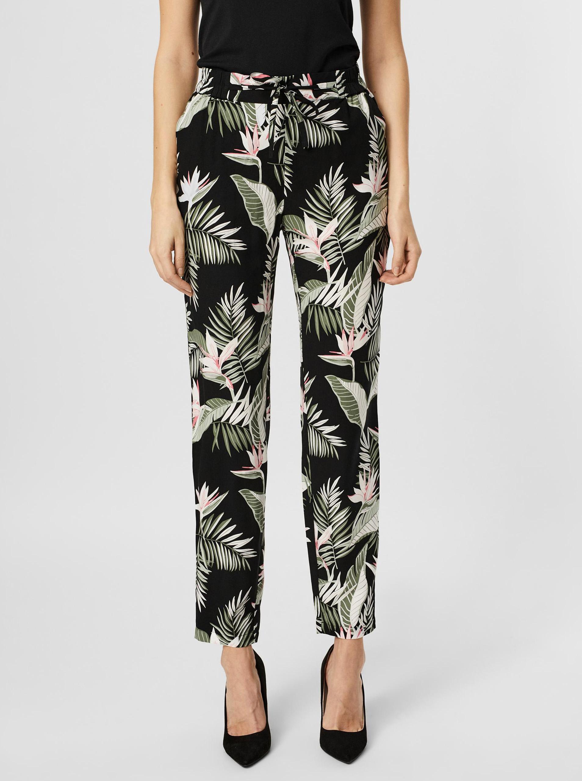 Vero Moda čierne nohavice Easy s tropickými motívmi - XS