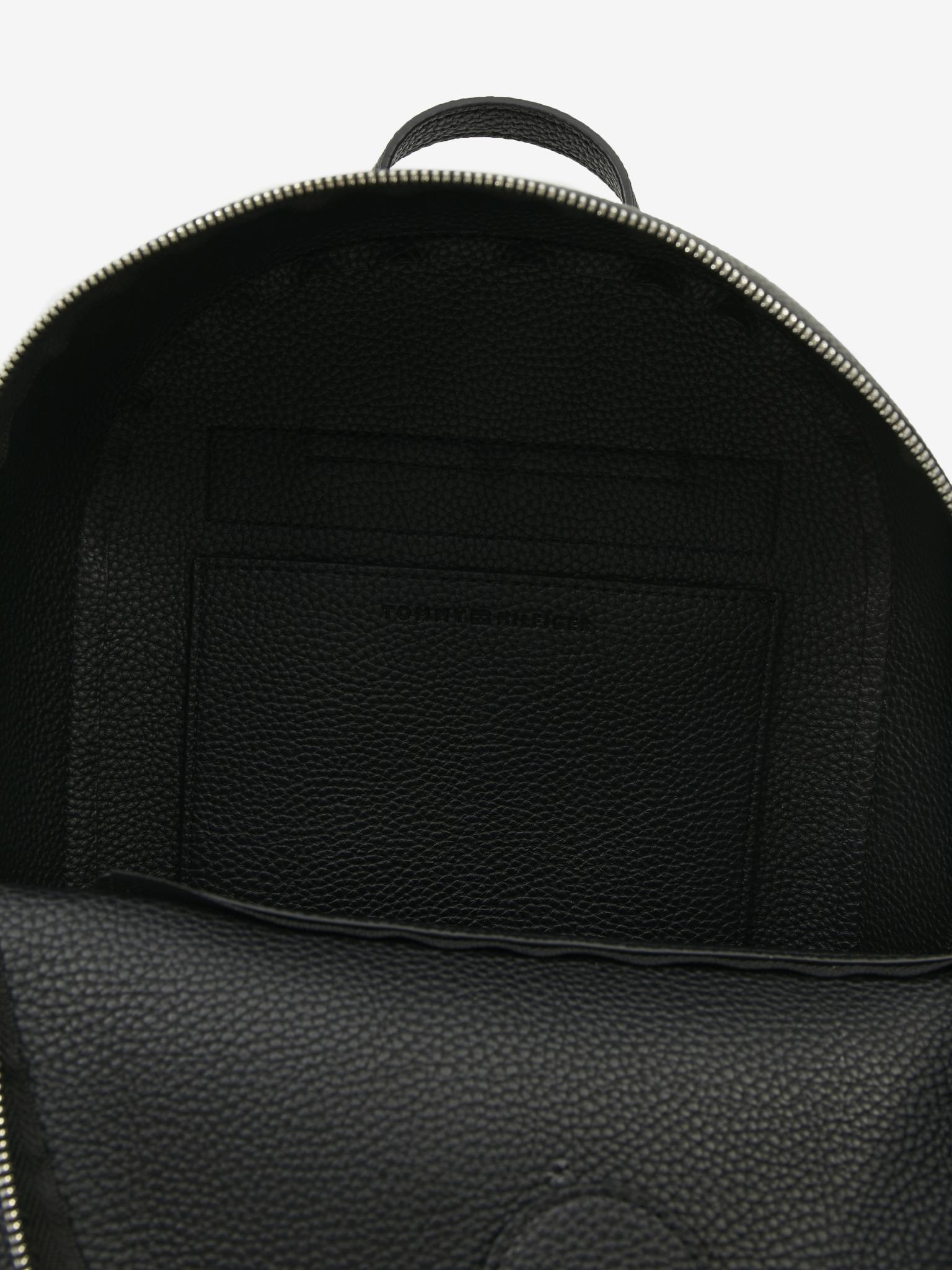 Tommy Hilfiger čierny ruksak Element