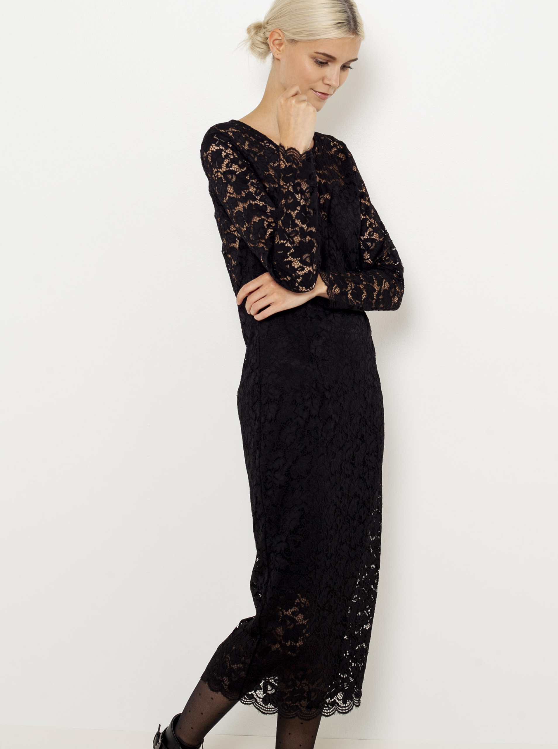 Čierne čipkované midi šaty Camaieu - L