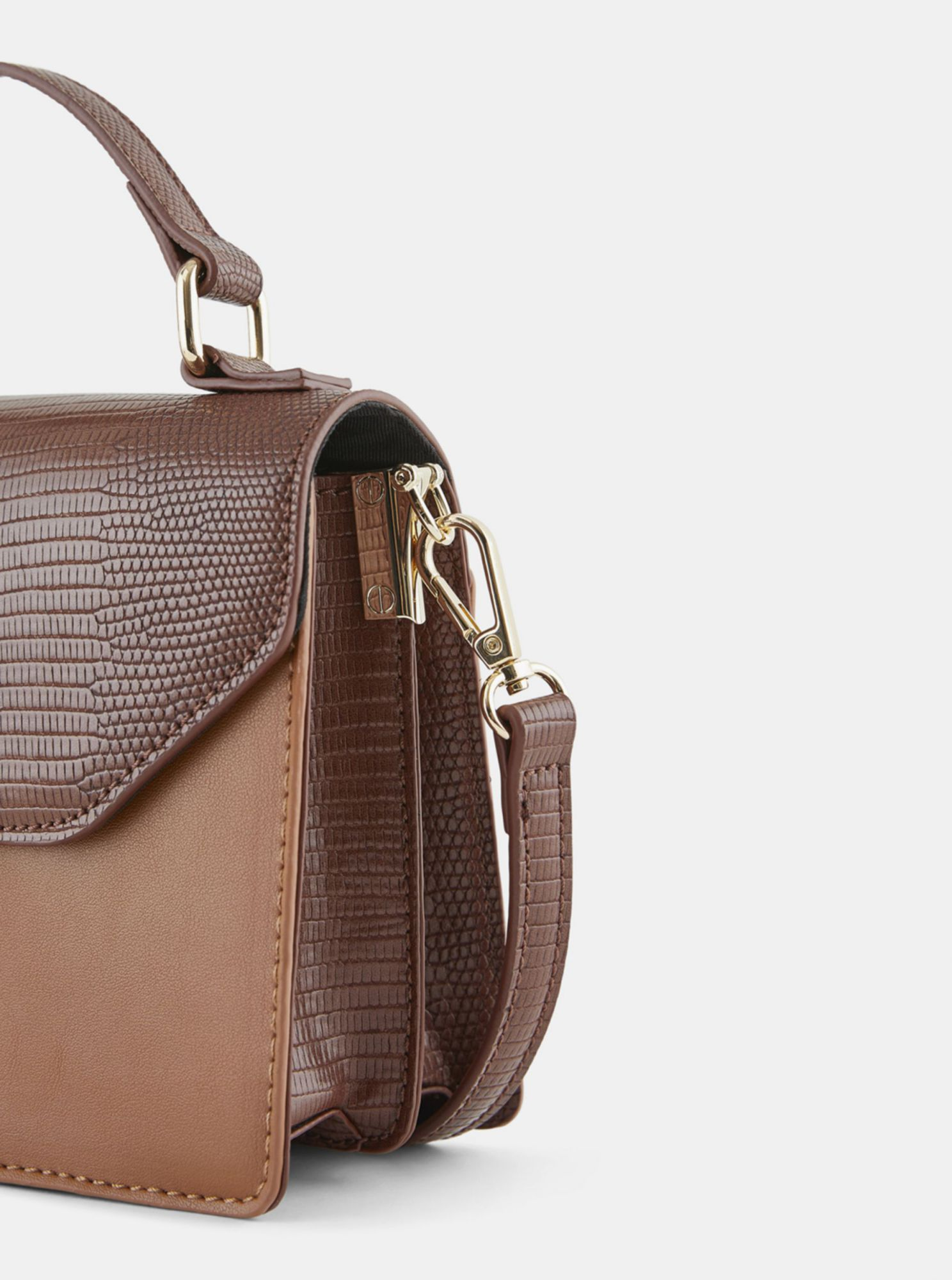 Hnedá crossbody kabelka Pieces Carrie