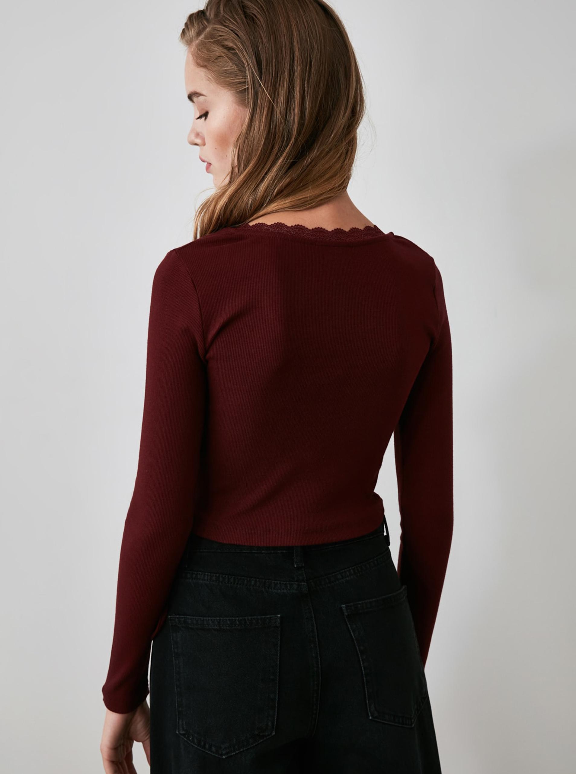 Vínové krátke tričko so zaväzovaním Trendyol