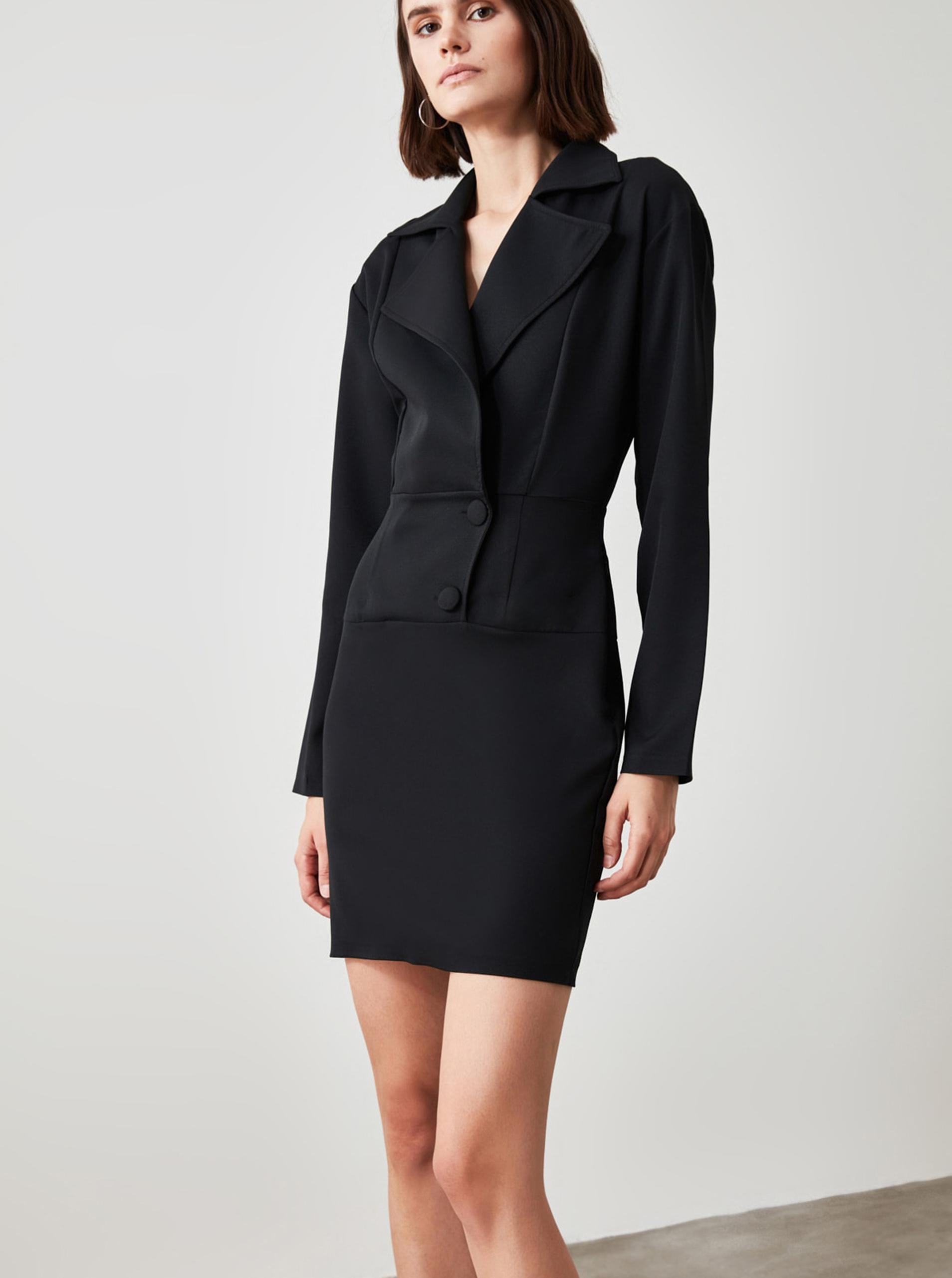 Čierne puzdrové šaty Trendyol - S