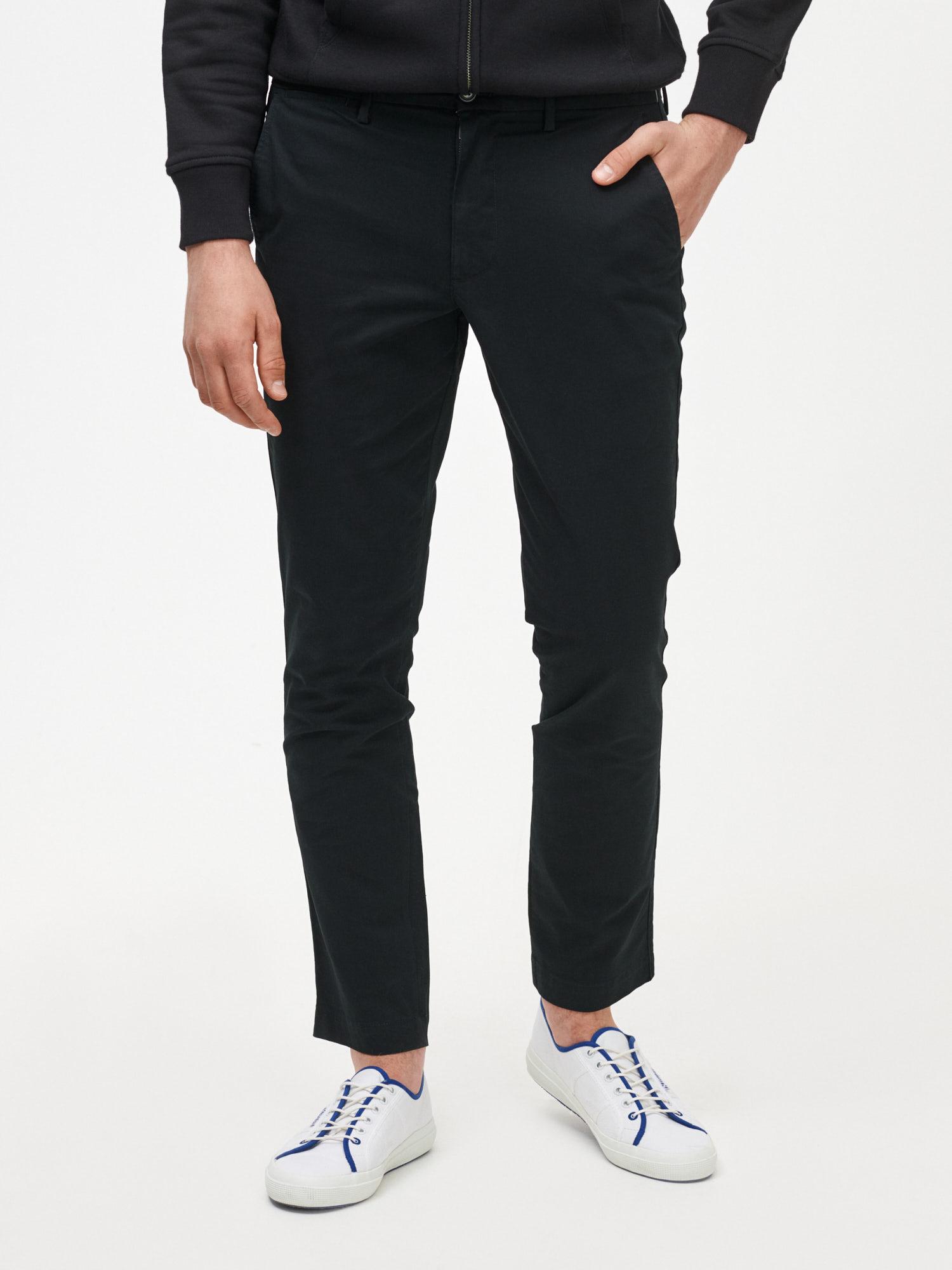 GAP čierne pánske nohavice Slim Fit - 28X30