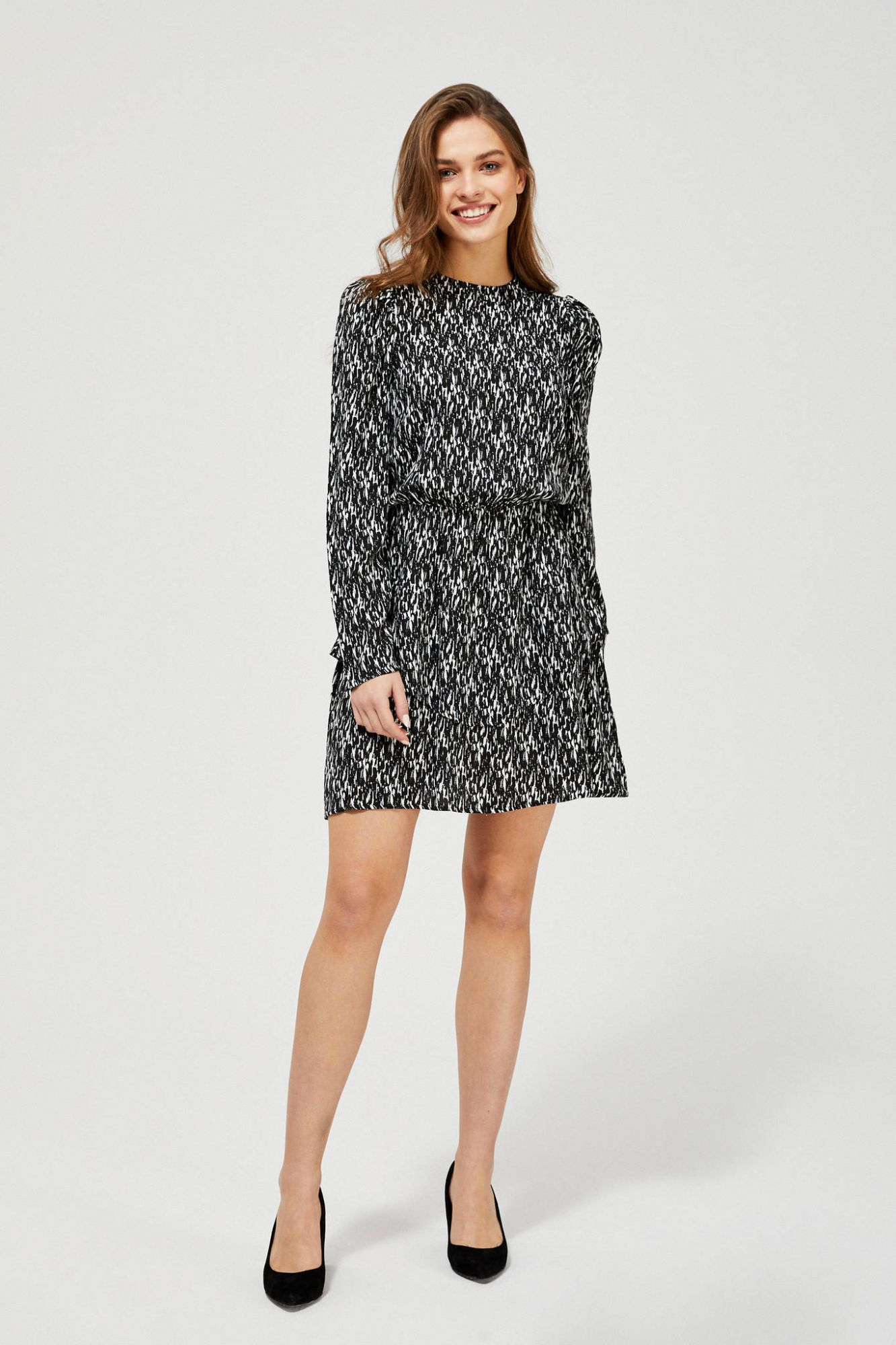 Moodo čierno-biele šaty s drobným vzorom - XL